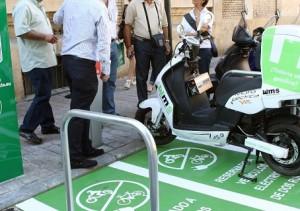 Murcia destina 20 plazas de aparcamiento para motos eléctricas